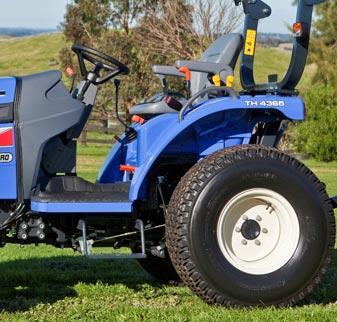 TH Series Compact Tractors ergonomic operators platform