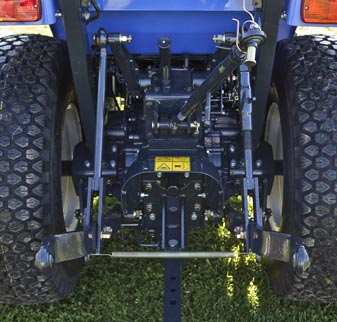 TH Series Compact Tractors Implement control